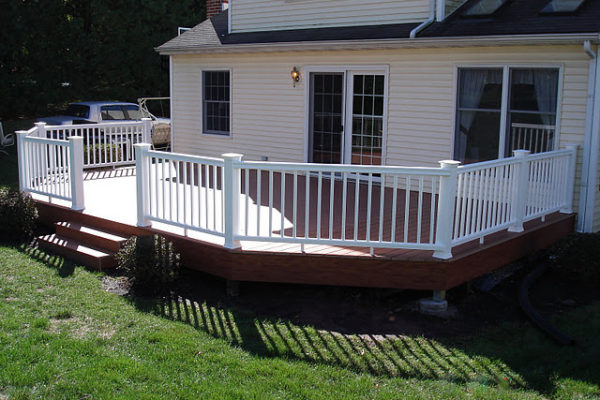 homepage-construction-deck